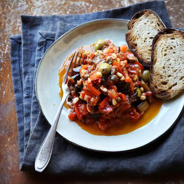 Recette de la Caponata, plat sicilien végétarien