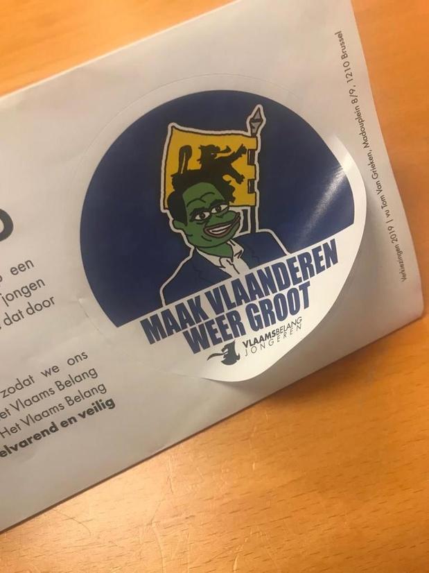 Vlaams Belang verleidt jonge kiezer met persoonlijke brief