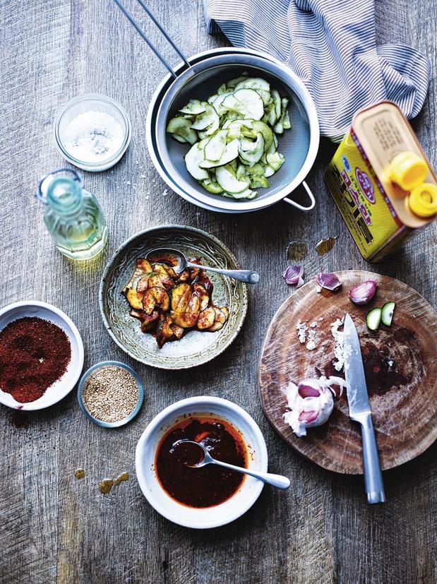 Pittige stoofschotel met kip & aardappel (dak doritang)