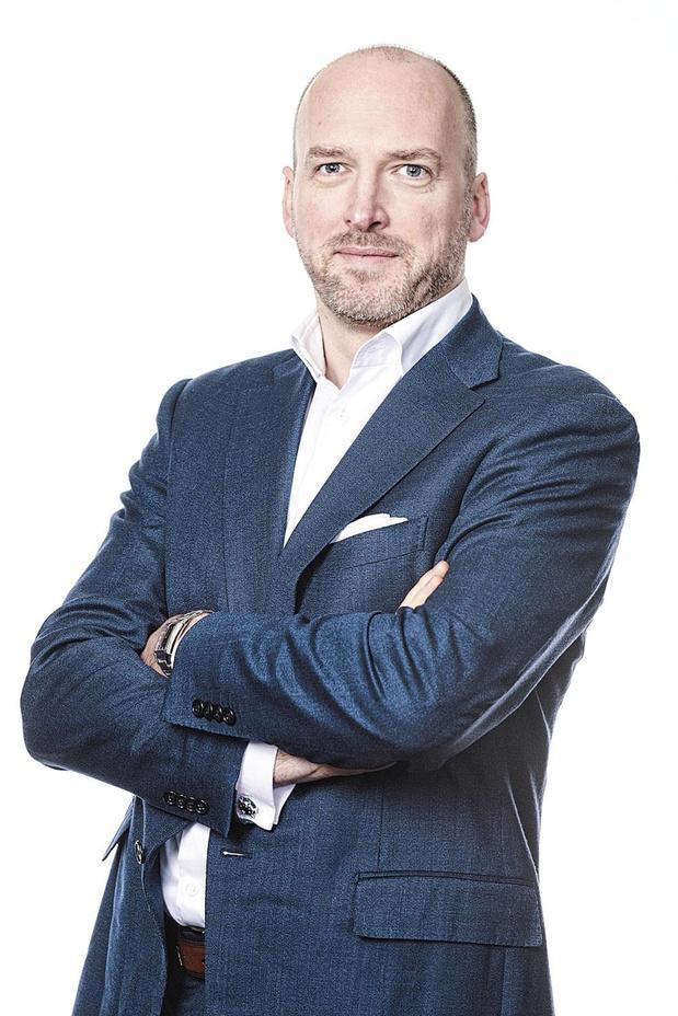 """Vincent Fosty (Deloitte): """"Payer un téléphone entre 500 et 1.000 euros devient raisonnable pour certains consommateurs"""""""