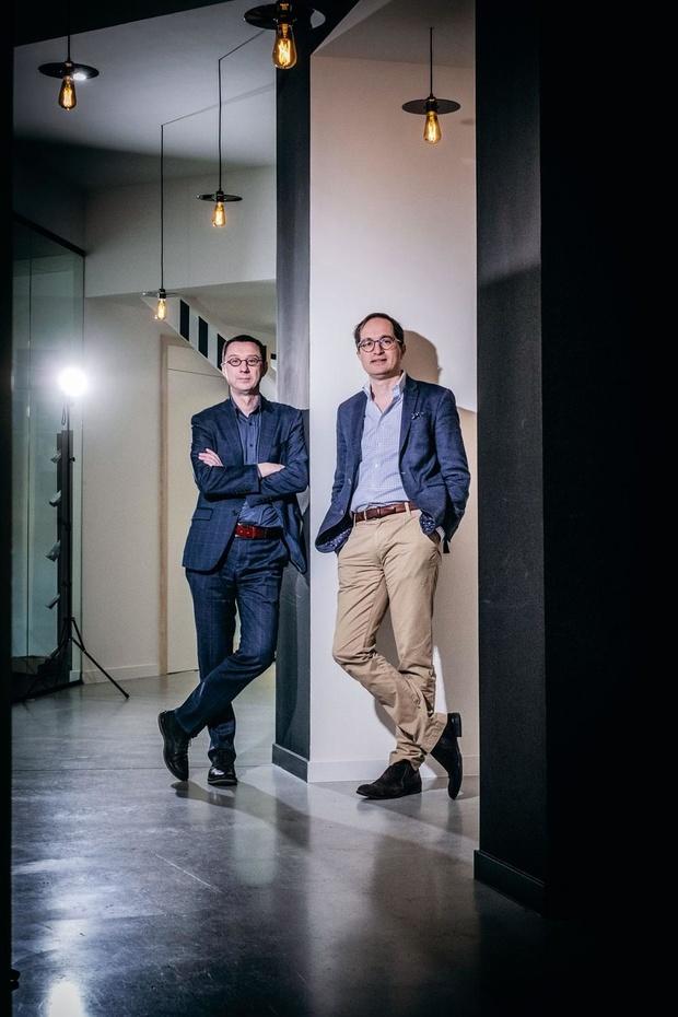 Ondernemers Peter Hinssen en Pascal Coppens over China: 'In negen op de tien gevallen laat de overheid de markt het eerst zelf oplossen'