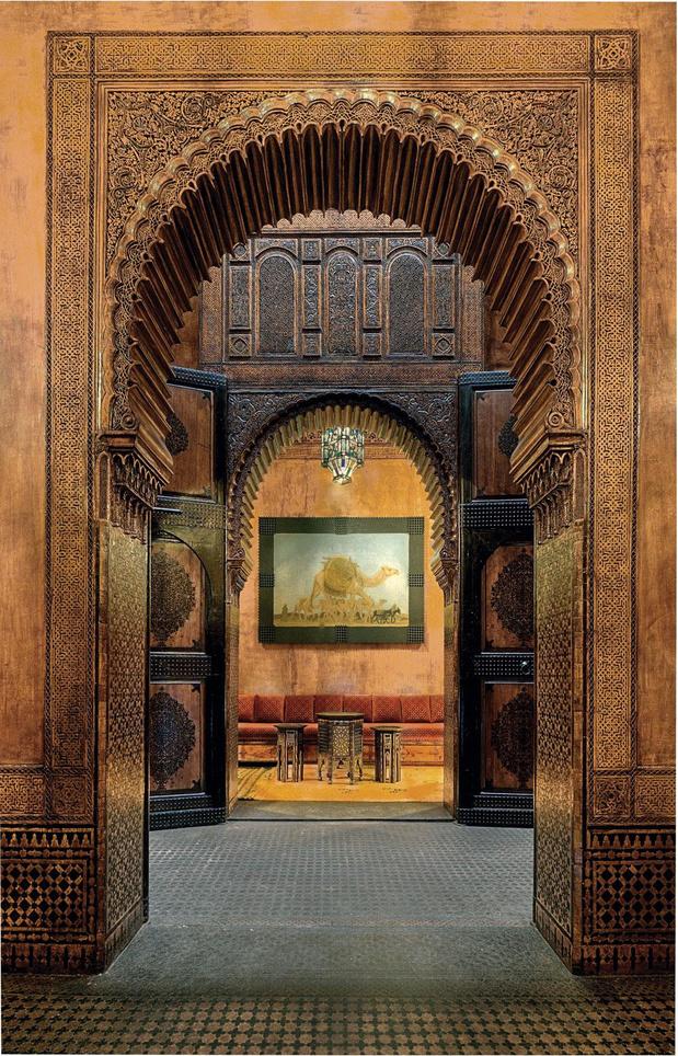 Serge Lutens nous ouvre les portes de sa maison exceptionnelle au Maroc