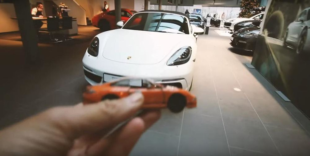 Kortrijkse vlogger wil speelgoedauto ruilen voor echte Porsche