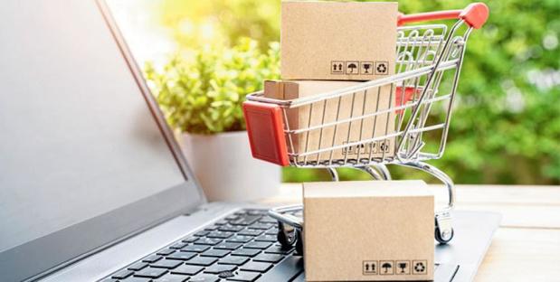 """Commerce en ligne: la fin du """"tout gratuit"""" ?"""