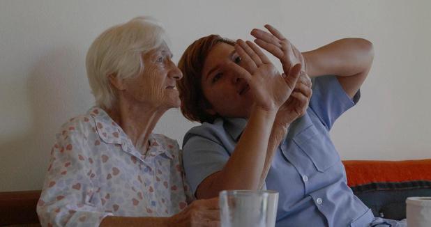 Film 'Mother' geeft andere kijk op zorg voor mensen met dementie