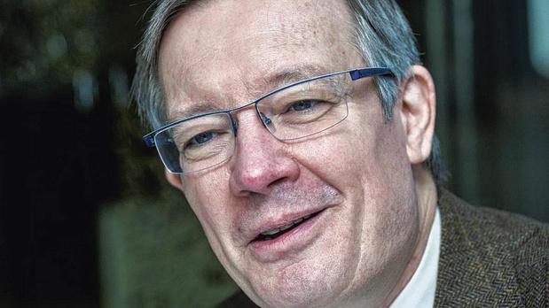 """Eric Dor, Directeur des études économiques à l'IESEG School of Management: """"La prochaine crise financière ne viendra pas des banques"""""""