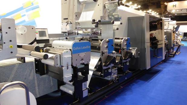 Philip Morris imprime du carton pliant sur la presse hybride Gallus Labelfire