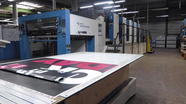 Hecht investit massivement dans des imprimantes à grands volumes