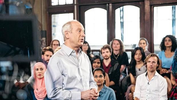 Tv-tip: millennials leren luisteren en argumenteren in 'Change Your Mind'
