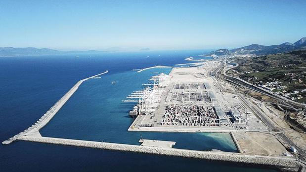 Avec le nouveau port de Tanger, le Maroc voit grand