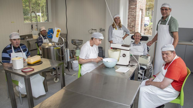 Nieuwe kaasmakerij in Mariënstede in Dadizele