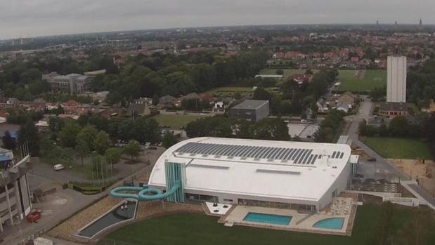 Zwembad Lago Olympia in Sint-Andries even gesloten door loden hitte
