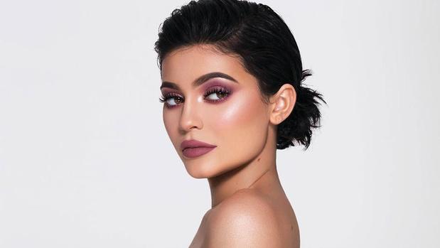 2010-2019: Comment le digital et la dictature du selfie ont redéfini les contours de la beauté