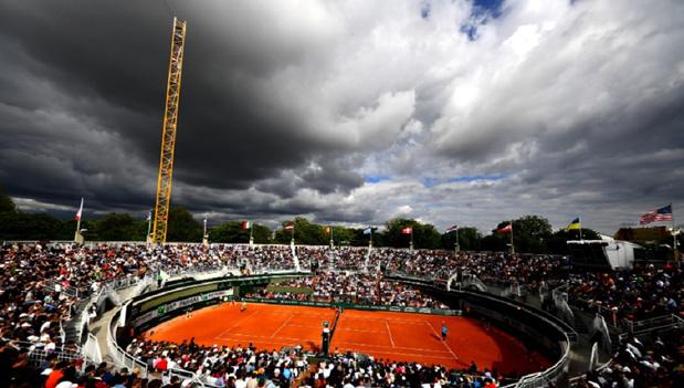 """Roland-Garros : Les demi-finales dames pas sur le Central, """"honte"""" pour Mauresmo"""