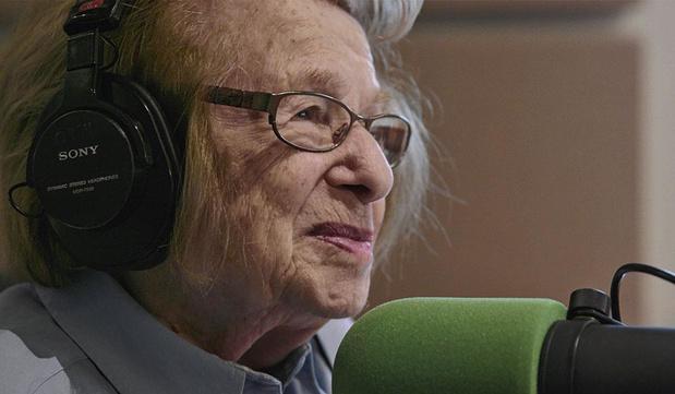 'Ask Dr. Ruth': documentaire over de Goedele Liekens van Amerika is degelijk, maar karakterloos