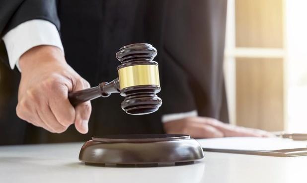 Man die 1.000 euro stal uit portefeuille in casino Middelkerke voor rechter