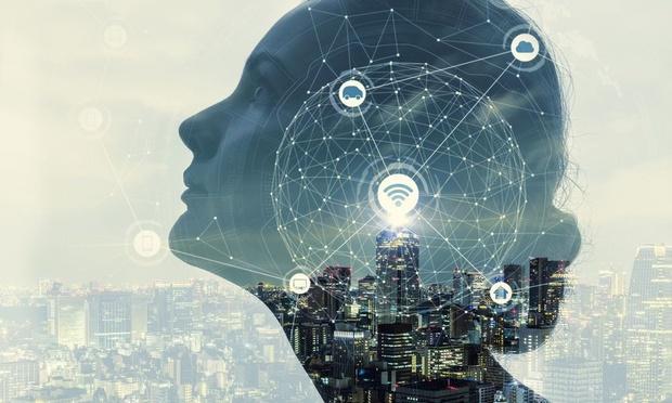'Onderwijswereld ervaart de digitalisering als een zwaard van Damocles'
