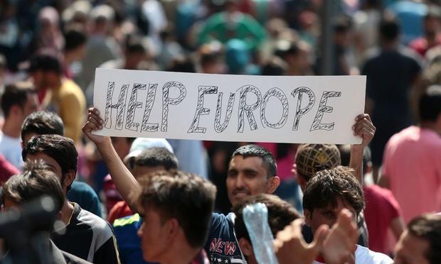 """Bruxelles dévoile un """"pacte"""" migratoire sous haute tension"""