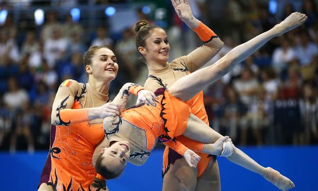 La Belgique médaille d'or dans l'exercice dynamique par équipes dames de gym acrobatique