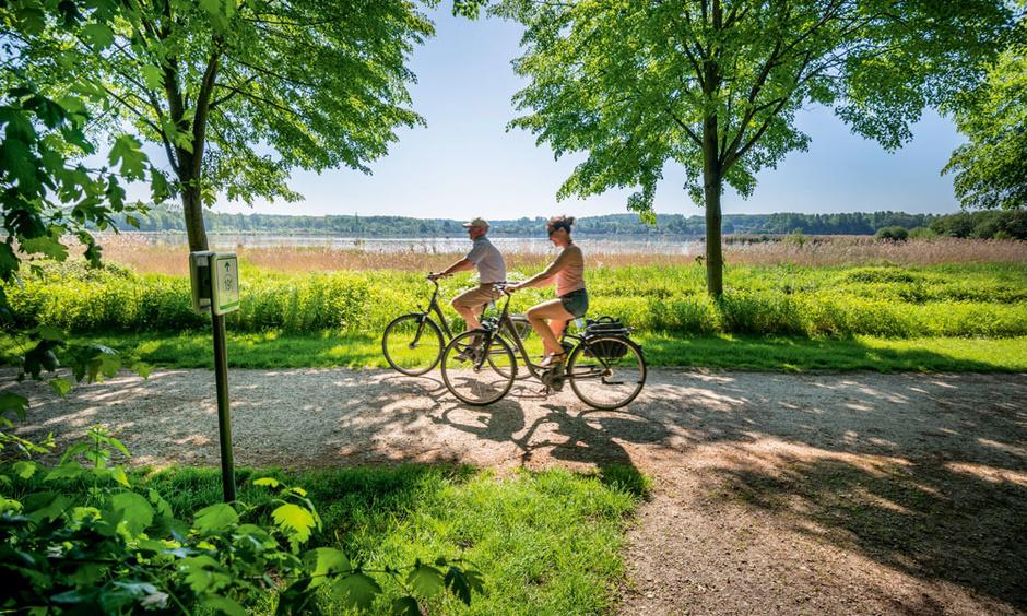 A bicyclette dans la vallée de la Grande Gette, entre nature préservée et patrimoine culturel
