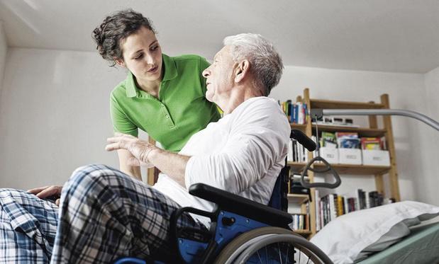 Personnes dépendantes: un meilleur statut pour les aidants proches