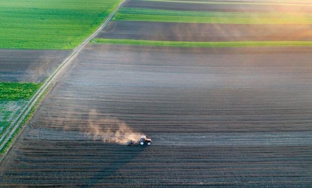 Prijs van landbouwgrond in België schiet omhoog