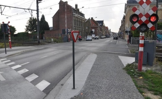 Kritiek Fietsersbond op plannen Dikkebusseweg in Ieper