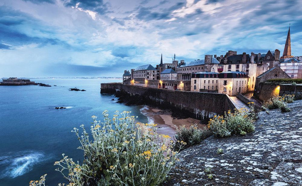 Le littoral breton séduit toujours plus