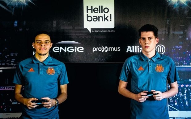 Bienvenue dans le monde du foot virtuel