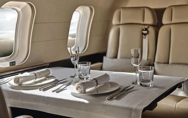 """Du """" resort """" au jet privé..."""