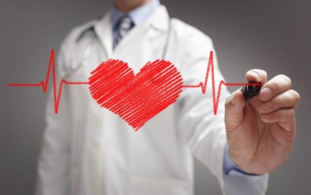 Mesurer la pression artérielle tout le temps pour mieux prévenir les problèmes cardiaques