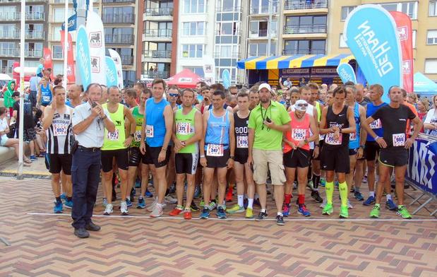 Meer dan duizend lopers voor Retro Run in Wenduine
