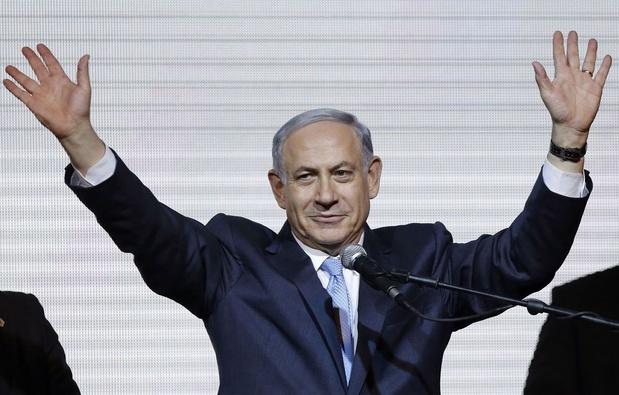"""Netanyahu, """"magicien"""" de la politique inculpé pour corruption"""