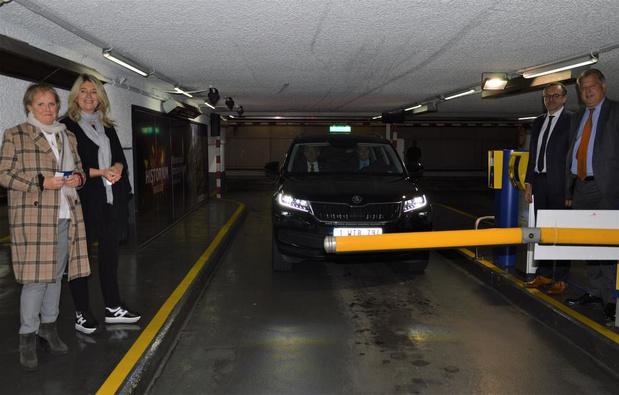 Interparking lanceert parkeren met nummerplaatherkenning in Brugge