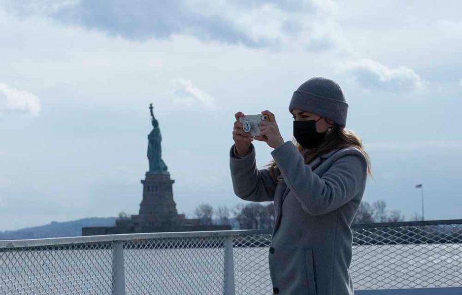 Les New-Yorkais redécouvrent les lieux touristiques de leur ville