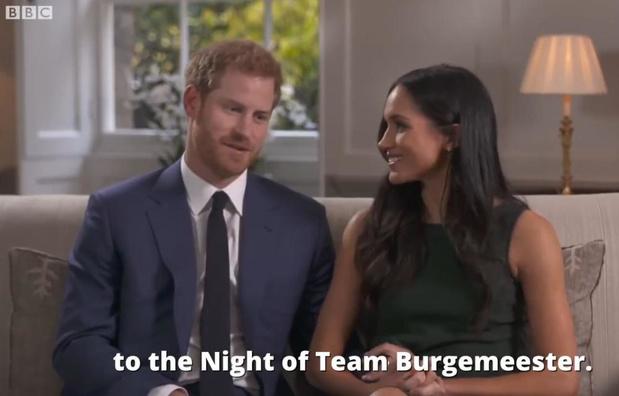VIDEO Vincent Van Quickenborne stunt met uitnodiging voor Nacht van de Burgemeester