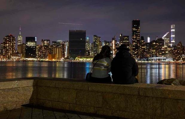 Pour l'Earth Hour, les lumières s'éteignent à travers le monde (en images)