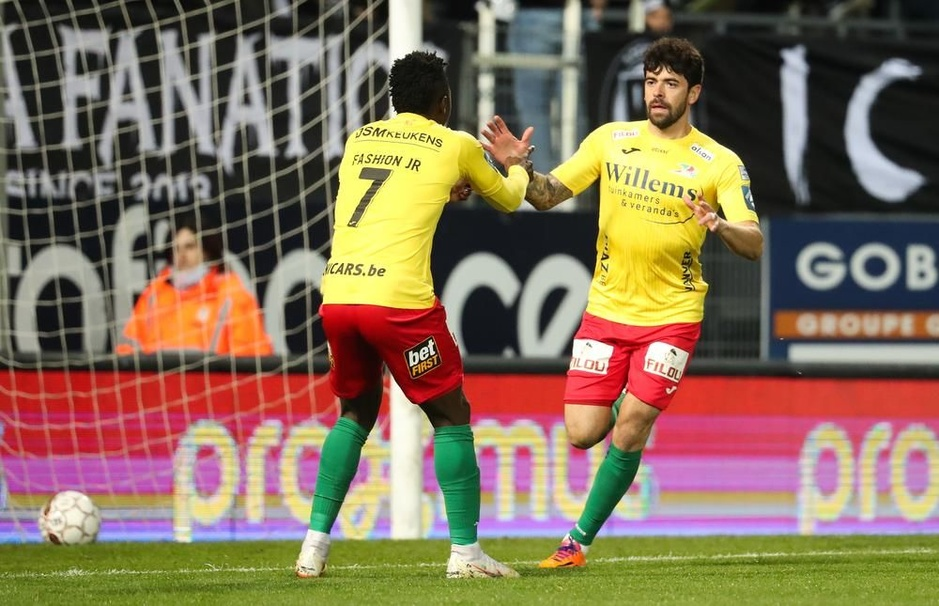 IN BEELD - KV Oostende klopt Charleroi in Play-off 2