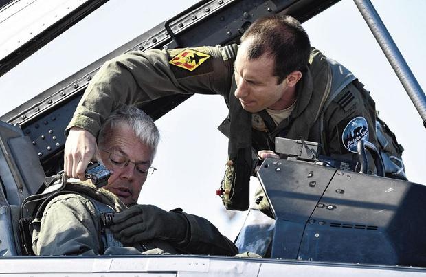 Reynders jure n'être pour rien dans le crash du F-16