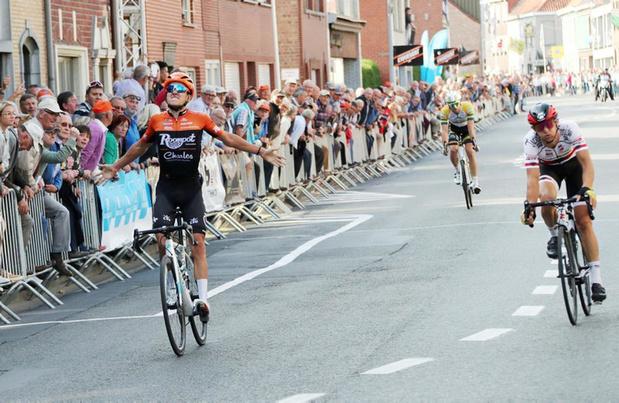 Arjen Livyns wint GP Memorial Briek Schotte in Desselgem