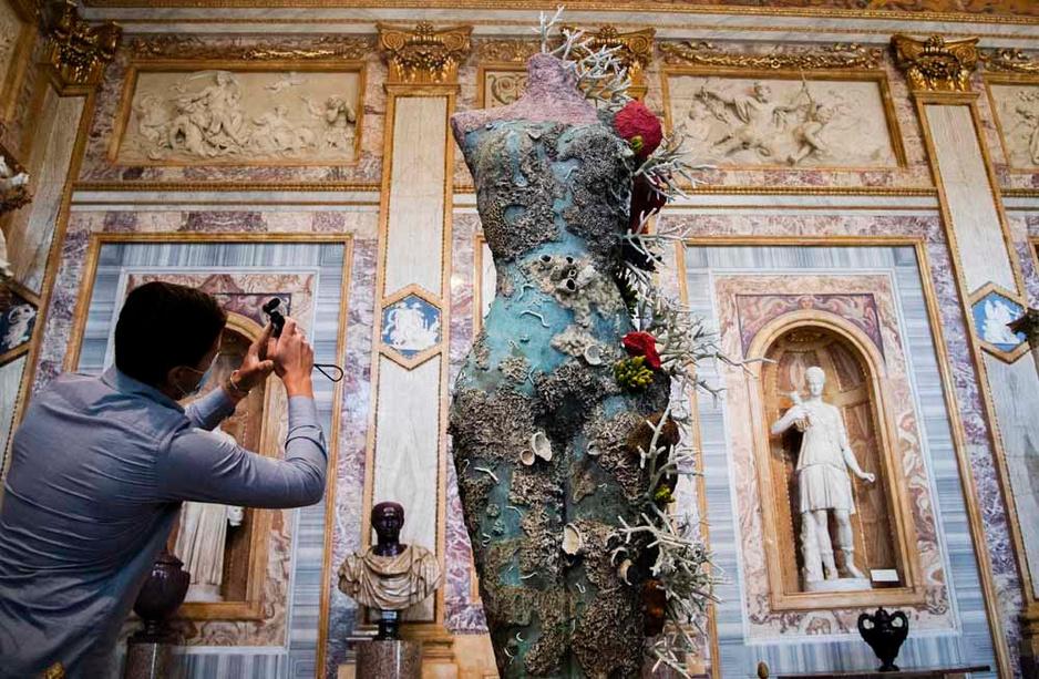 Damien Hirst au Bernini de Rome (en images)