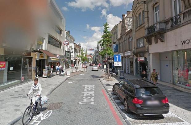 """N-VA Roeselare: """"Gevaarlijke situaties in eenrichtingsstraten met fietsers in beide richtingen"""""""