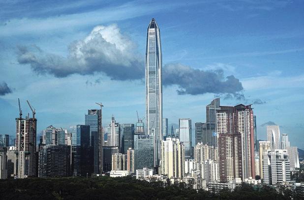 Shenzhen, le petit dragon qui rêve de manger Hong Kong (Reportage)