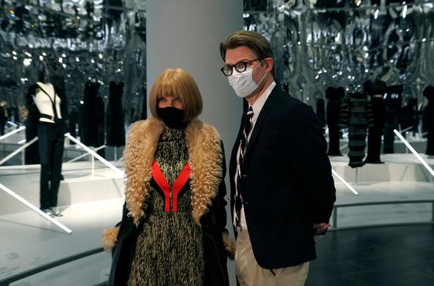 Un dialogue entre passé et présent de la mode au Met de New York