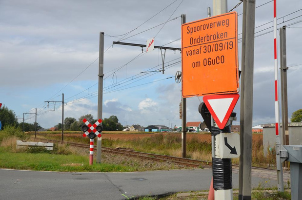 Stadsbestuur Poperinge keert kar en adviseert ongunstig over sluiting spooroverweg