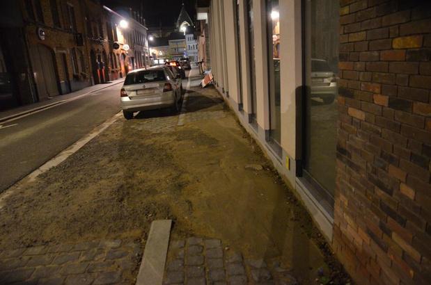 Veurnestraat in Poperinge krijgt nieuw voetpad in november