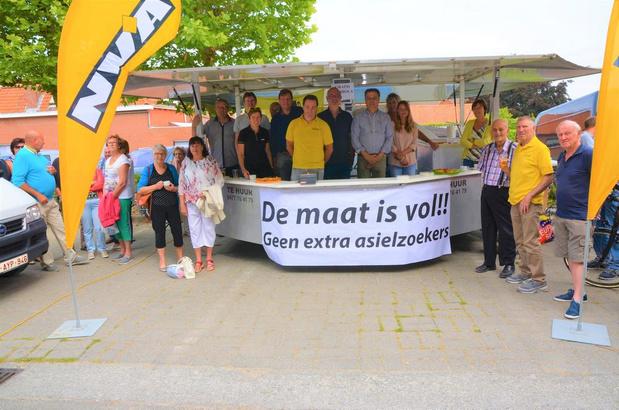 N-VA protesteert tegen uitbreiding asielcentrum in Poelkapelle