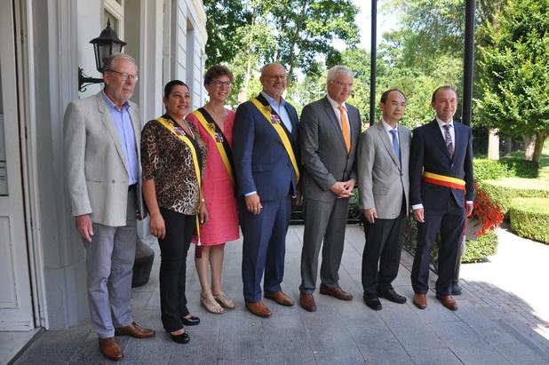 Chinese ambassadeur te gast in Wielsbeke