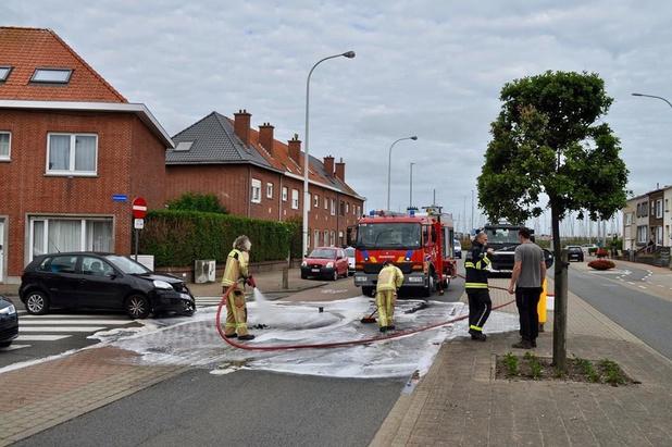 Motorrijder lichtgewond na aanrijding in Blankenberge