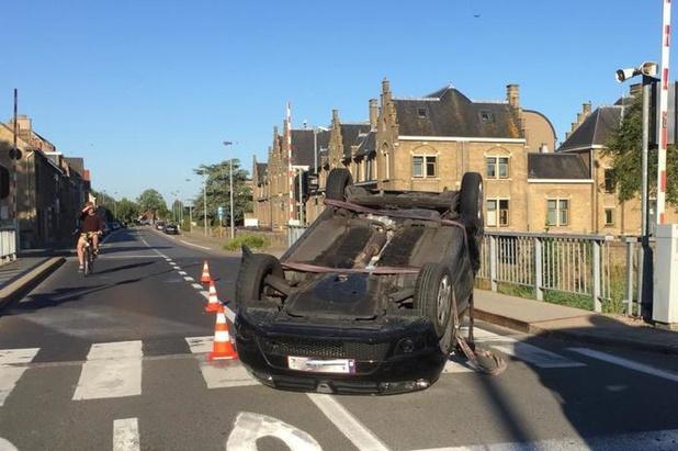 Opnieuw ongeval aan kruispunt Rozebrug in Veurne